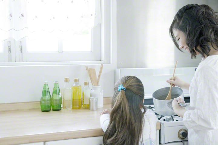 """【時短術】子育て家庭の料理に欠かせない!オススメ""""時短アイテム""""とは!?のタイトル画像"""