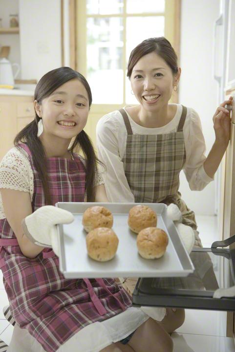 ホームベーカリー&発酵はいらない!簡単「おかゆ de パン」の作り方のタイトル画像
