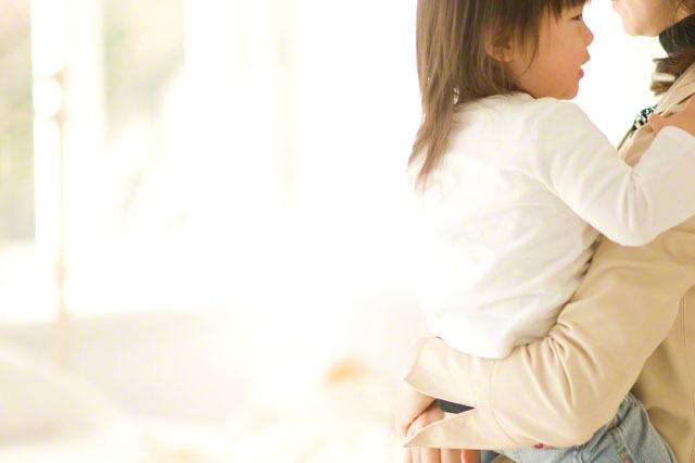 「いつも笑顔じゃなくていい」すくすく子育てのアドバイスに救われる。今回のテーマは『いい母親の重圧』のタイトル画像