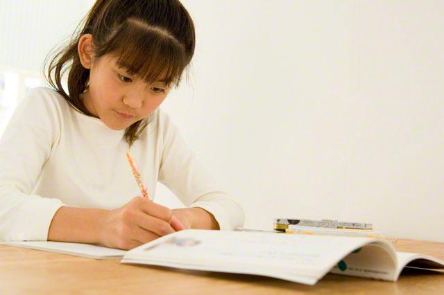 学習机の選び方は?人気のおすすめ学習机メーカー10選!のタイトル画像