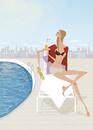 夏のプールサイドでベンチに座りオレンジジュースを飲む女性