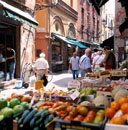 Fresh produce market in Via Clavature