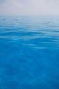 べた凪のバハマの青い海