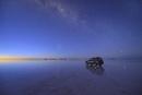 反射する星と天の川