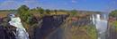 ビクトリアの滝と虹 パノラマ