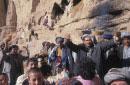 石窟を住居として暮らす難民の結婚式