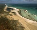シェル・ビーチ オオヒシガイの仲間でできた海岸