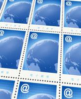 アットマークと地球のデザインの切手シート(青)