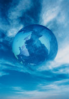 空に浮かぶ地球の模型