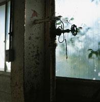 廃墟 00255010535| 写真素材・ストックフォト・画像・イラスト素材|アマナイメージズ