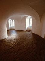 白壁の建物の内部 コペンハーゲン デンマーク 00293004268| 写真素材・ストックフォト・画像・イラスト素材|アマナイメージズ
