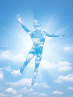 空をバックにポーズする青空フィギア