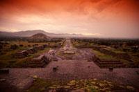 テオティワカン遺跡全景 00414010373| 写真素材・ストックフォト・画像・イラスト素材|アマナイメージズ
