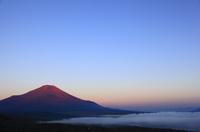 朝焼けの富士山 赤富士