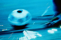 スピードのあるサッカーボール(青)