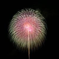 打ち上げ花火 00545010139| 写真素材・ストックフォト・画像・イラスト素材|アマナイメージズ
