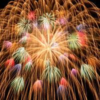 打ち上げ花火 00545010143| 写真素材・ストックフォト・画像・イラスト素材|アマナイメージズ