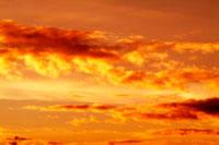 夕焼け雲 00556010221| 写真素材・ストックフォト・画像・イラスト素材|アマナイメージズ
