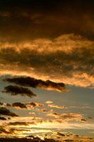 夕焼け雲 00556010224| 写真素材・ストックフォト・画像・イラスト素材|アマナイメージズ