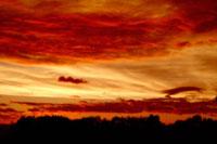 夕焼け雲 00556010229| 写真素材・ストックフォト・画像・イラスト素材|アマナイメージズ