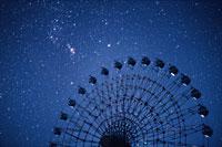 観覧車と星空 妙高村 新潟県 00616010005  写真素材・ストックフォト・画像・イラスト素材 アマナイメージズ