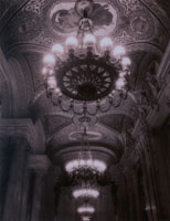 オペラ座のシャンデリア(B/W) パリ フランス 00643000240| 写真素材・ストックフォト・画像・イラスト素材|アマナイメージズ
