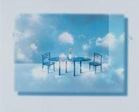 テーブルと二つの椅子