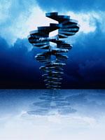 らせん階段と暗雲 00684010052| 写真素材・ストックフォト・画像・イラスト素材|アマナイメージズ