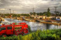 消防車と船