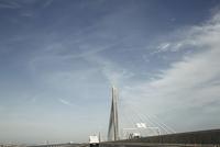 高速道路の橋 00693012496| 写真素材・ストックフォト・画像・イラスト素材|アマナイメージズ
