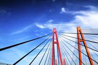 高速道路の橋 00693012497| 写真素材・ストックフォト・画像・イラスト素材|アマナイメージズ