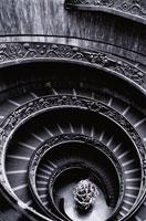 螺旋階段 00815000039| 写真素材・ストックフォト・画像・イラスト素材|アマナイメージズ