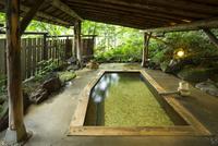 鳴子温泉の露天風呂