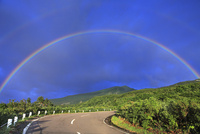鳥海山の虹と鳥海ブルーライン