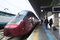 サンタルチア駅の高速列車イタロ