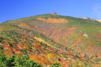 安達太良山の紅葉 01010026864| 写真素材・ストックフォト・画像・イラスト素材|アマナイメージズ