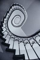 らせん階段 01068003021| 写真素材・ストックフォト・画像・イラスト素材|アマナイメージズ