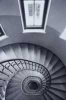 らせん階段 01068003022| 写真素材・ストックフォト・画像・イラスト素材|アマナイメージズ