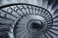 螺旋階段 01068004066| 写真素材・ストックフォト・画像・イラスト素材|アマナイメージズ
