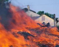 火事で燃え上がる炎 アメリカ