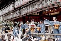 八坂神社節分豆まき