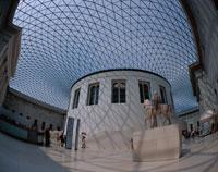 大英博物館のグレートコート ロンドン イギリス
