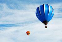 熱気球 01088020183| 写真素材・ストックフォト・画像・イラスト素材|アマナイメージズ