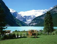 レイクルイーズとビクトリア氷河 カナダ