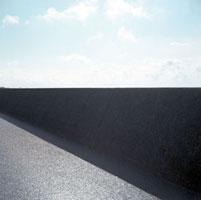 竹島海岸の防波堤道路