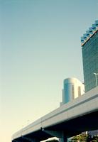 吾妻箸から見る首都高速とビル