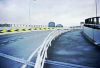 雨の上がった16号線陸橋