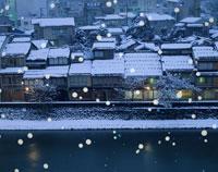 雪降る夜の茶屋街 金沢市 石川県