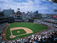 野球観戦 01184090290| 写真素材・ストックフォト・画像・イラスト素材|アマナイメージズ