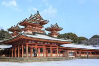 冬の平安神宮白虎楼